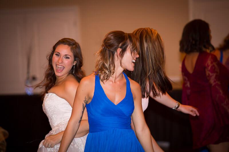 Bride & Bridesmaids at Grand Oaks Resort
