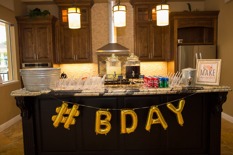 Live Oak Clubhouse B Day Table