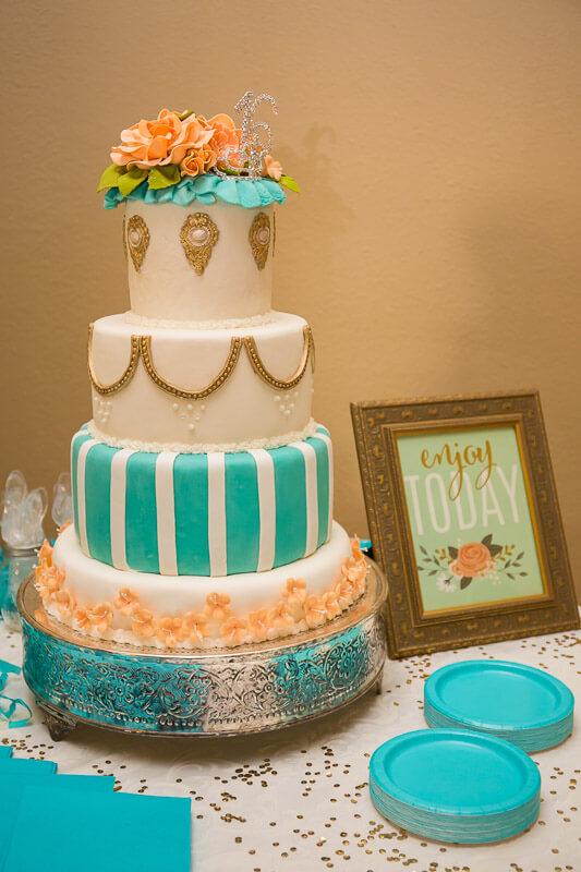 Rosas Sweet 16 Cake