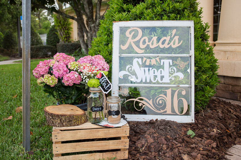 Live Oak Clubhouse rosas sweet 16 sign