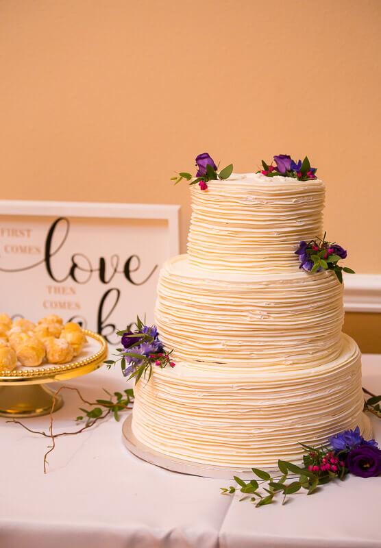 Wedding Cake at Grand Oaks Resort